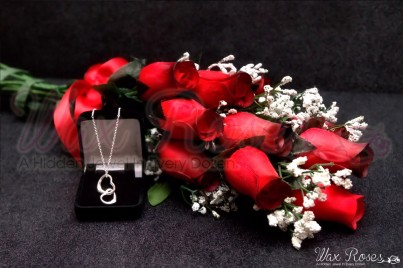 red-dozen-wax-dipped-roses_fa80edc7-f991-4fcd-9537-84588f9589c8_1024x1024